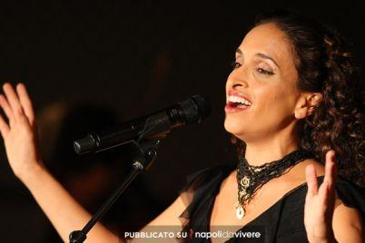 Noa-in-concerto-al-Teatro-Augusteo-il-3-dicembre-2014.jpg