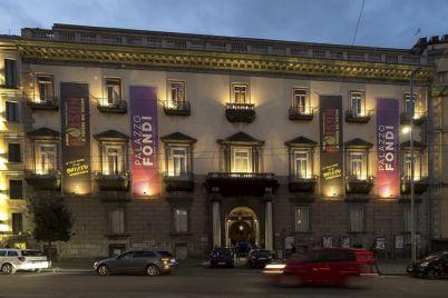 Palazzo-Fondi-napoli.jpg