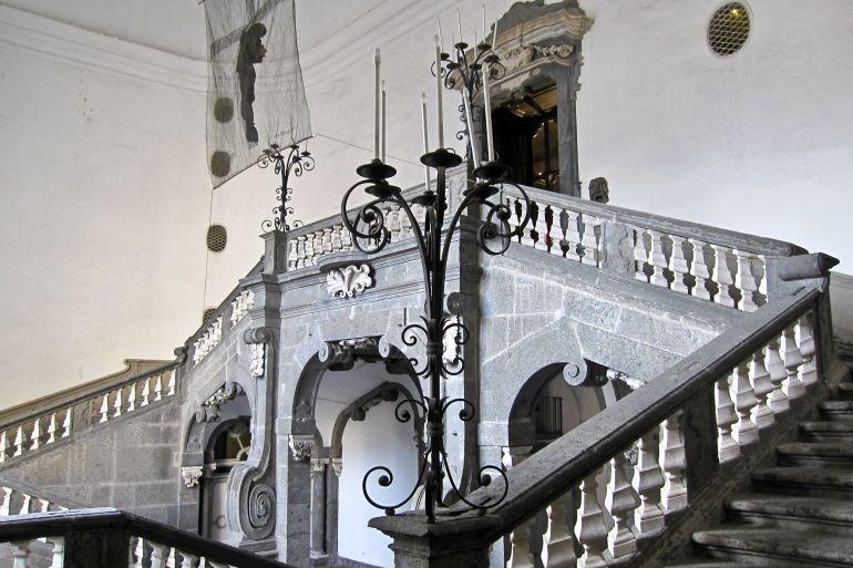 Palazzo-Serra-di-Cassano-a-Pizzo-Falcone.jpg