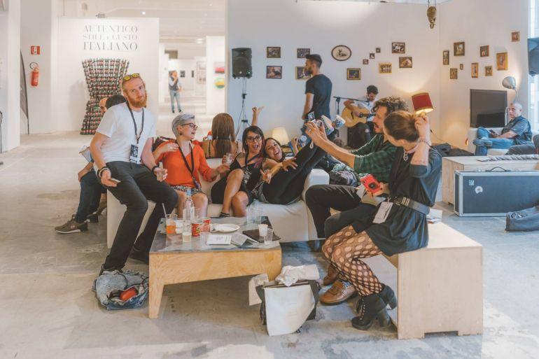 Paratissima-Napoli-2018-l'arte-nei-vicoli-alberghi-e-store-di-Napoli.jpg