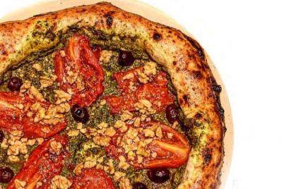Pascalina-la-Pizza-che-Allunga-la-Vita-Napoli-Pizza-Village-2018.jpg