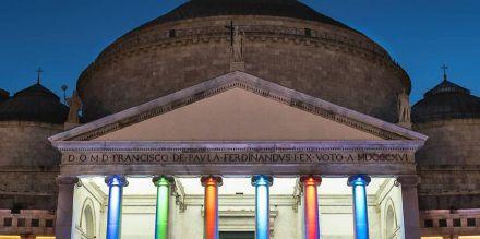 24 Spettacoli e concerti gratuiti a Piazza del Plebiscito per un'estate napoletana