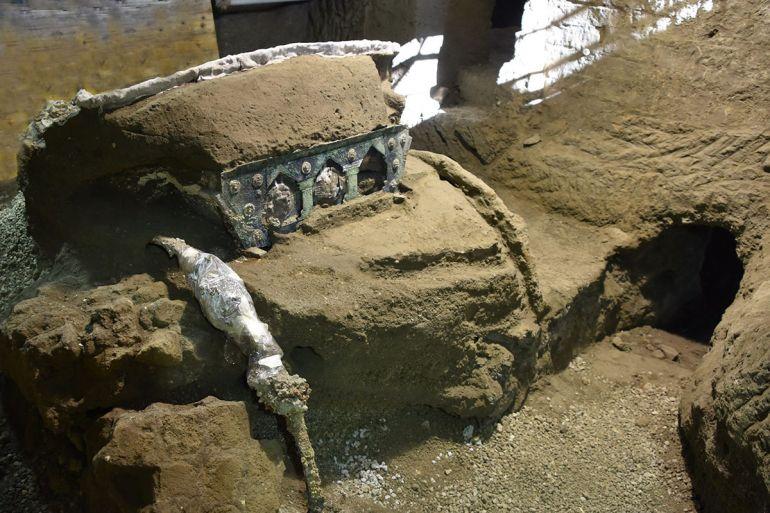 Pompei-carro-da-parata-1.jpg