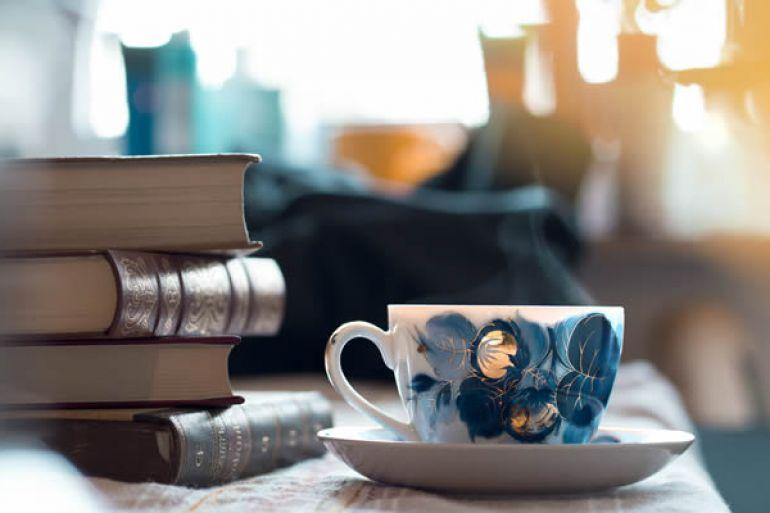 Portanova-Caffè-letterario-e-Book-Crossing-nel-centro-di-Napoli.jpg