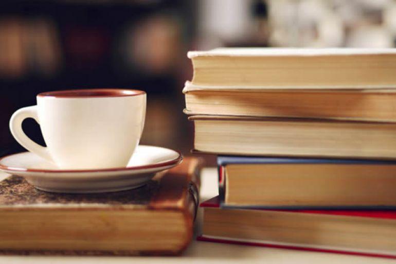 Portanova-Caffè-letterario-e-Book-Crossing-nel-centro-di-Napoli1.jpg