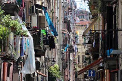Presepe-vivente-ai-Quartieri-Spagnoli-di-Napoli-e1462532305647.jpg