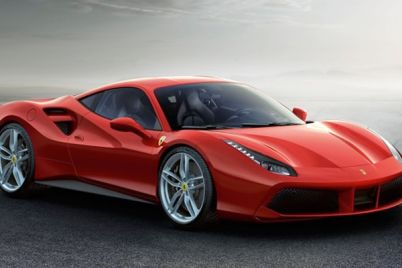 Quando-il-rosso-diventa-Passione-le-Ferrari-alla-Reggia-Outlet.jpg