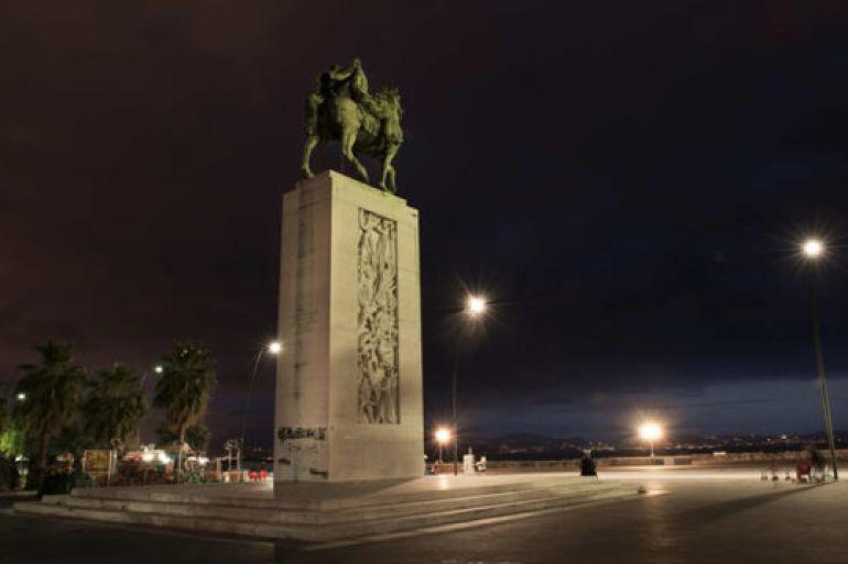 Restaurata-la-Statua-Equestre-di-Armando-Diaz-sul-lungomare-di-Napoli.jpg