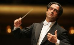 Riccardo-Muti-in-due-concerti-gratuiti-al-Conservatorio-di-San-Pietro-a-Maiella-a-Napoli.jpg