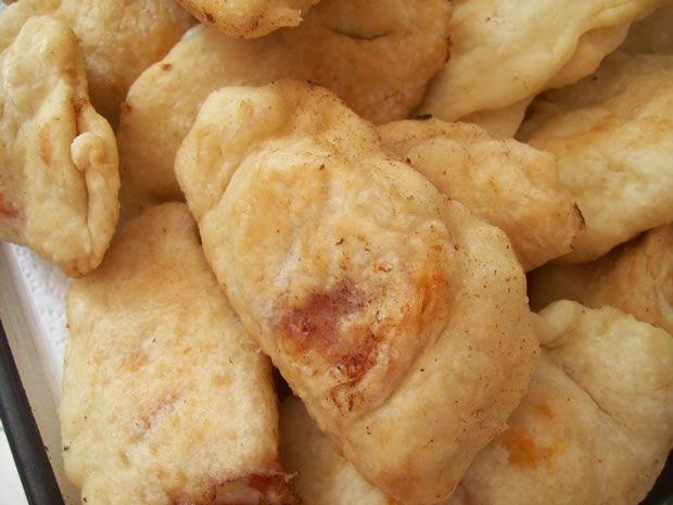 Ricetta-delle-pizzette-fritte-Cucina-napoletana.jpg