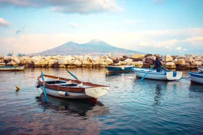 Riqualificazione-Lungomare-di-Napoli-la-bellezza-di-un-tempo-e-il-risparmio-energetico.jpg