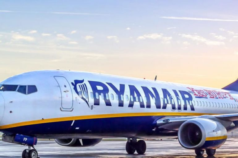 Ryanair-a-Napoli-9-linee-Low-Cost-da-Napoli-verso-lEuropa.jpg