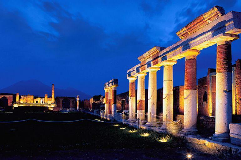 Sabato-Notte-al-Museo-ingresso-a-Pompei-e-Ercolano-a-2€1.jpg