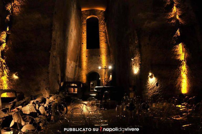 Sabato-sera-con-vino-fritture-storia-e-jazz-nel-Tunnel-Borbonico.jpg