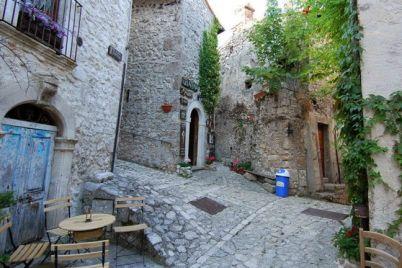 Sagra-della-Maccaronara-a-nel-Borgo-di-Castelvetere-AV.jpg