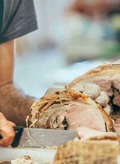Sagra-della-Porchetta-Salsiccia-Vino-Locale-a-Recale.jpg