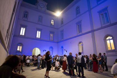 San-Valentino-2017-Gratis-al-Museo-Madre-con-Aperitivo-e-Musica.jpg