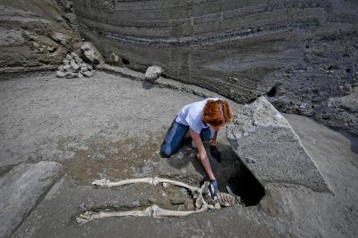 Scoperti-5-scheletri-agli-Scavi-di-Pompei.jpg