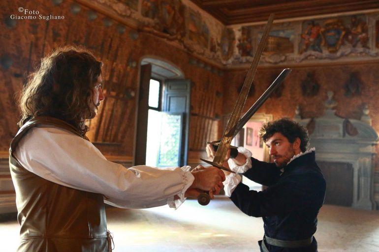 Sogno-di-una-Notte-di-mezza-Estate-nel-suggestivo-Castello-Lancellotti-di-Lauro.jpg