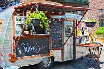 Street-Food-Parade-Truck-Edition-2018-a-Piazza-Garibaldi-a-Napoli.jpg