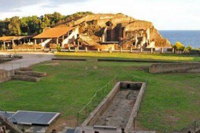 Suggestioni-all'imbrunire-musica-e-teatro-al-parco-del-Pausilypon-e1465652357482.jpg