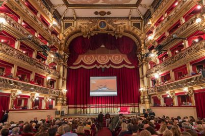 Teatro-bellini-Napoli.jpg