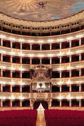 La Bohème di Puccini al Teatro di San Carlo a Napoli