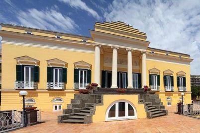Visite-Gratuite-a-Villa-Doria-d'Angri-a-Posillipo.jpg
