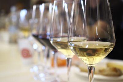 WineThecity-porta-la-Banca-del-Vino-di-Slow-Food-a-San-Domenico-Maggiore-a-Napoli.jpg
