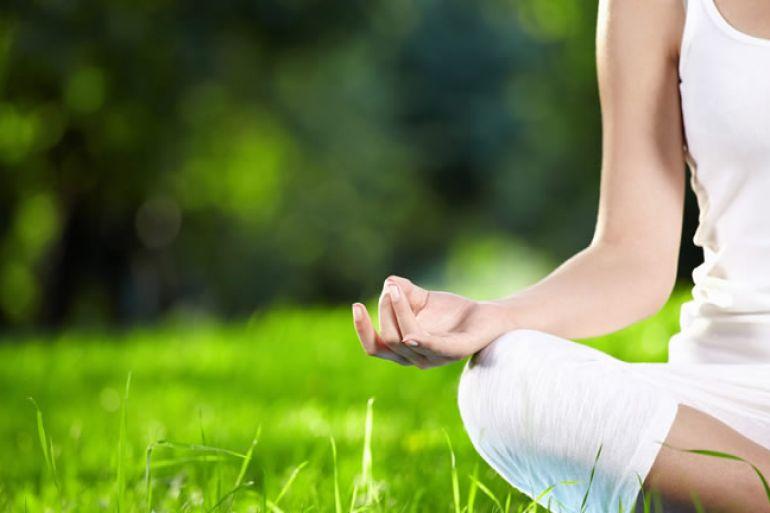 Yoga-Gratis-in-Villa-Floridiana-a-Napoli-R-Estate-in-Yoga-2017.jpg