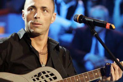 alex-britti-in-concerto-a-napoli-e1460370632672.jpg