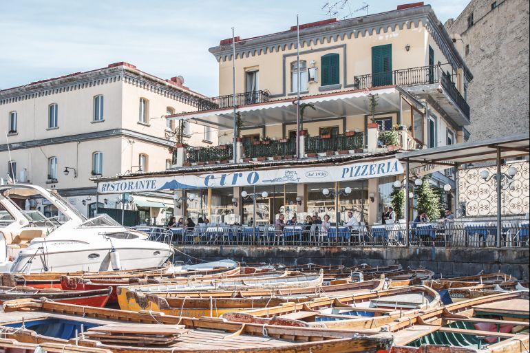 borgo-marinari-napoli-e1551740055390.jpg