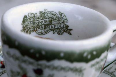 caffè-sospeso-al-gambrinus-napoli.jpg