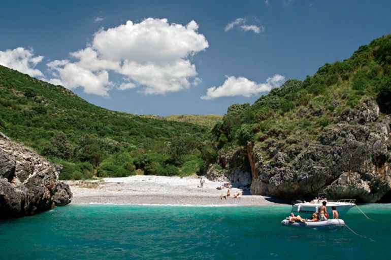 cala-bianca-spiaggia-più-bella-in-italia.jpg