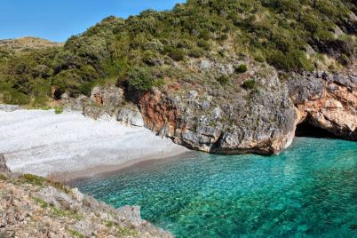 cala-bianca-spiaggia-più-bella-di-Italia.jpg