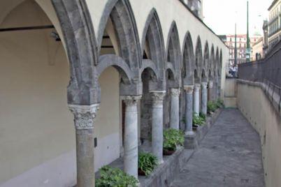 chiesa-dell'Incoronata-a-via-Medina.jpg
