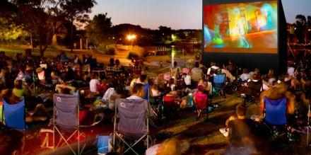 Film sotto le stelle nei giardini di Palazzo Reale a 3,00 €