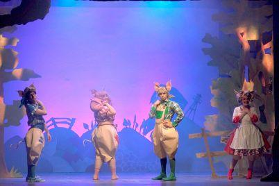 i-tre-porcellini-il-musical.jpg
