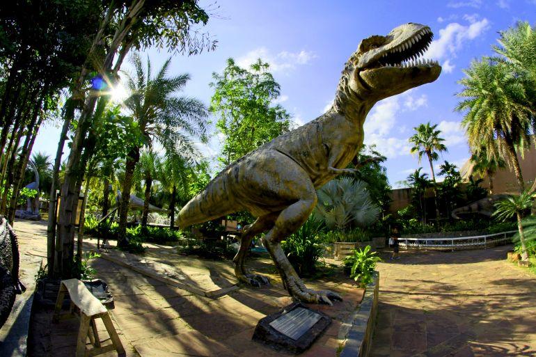 living-dinosaurs-mostra-doltremare-napoli.jpg