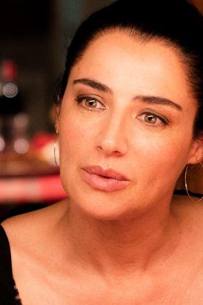 Boom di ascolti per la napoletana Luisa Ranieri nella fiction Lolita Lobosco: cosa succede nella 2 puntata