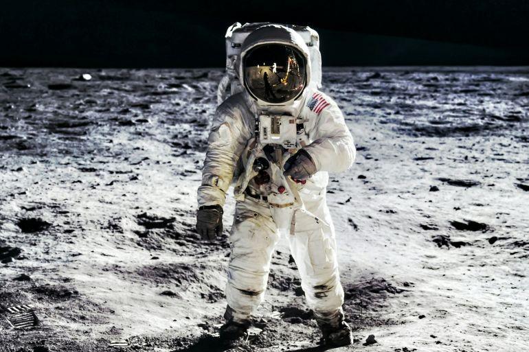 mann-on-the-moon-museo-archeologico-nazionale-di-napoli.jpg