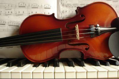 musica-classica-a-napoli-ottobre-2012.jpg