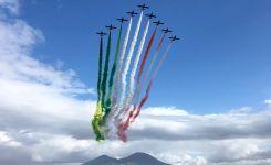 napoli-frecce-tricolore.jpg