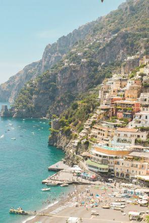 Tra Napoli e Positano attivo un nuovo collegamento via mare con l'aliscafo
