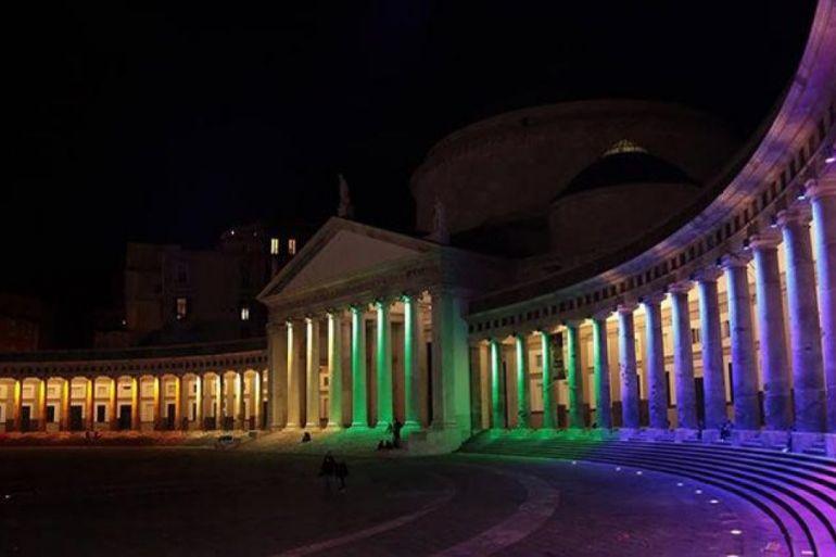 piazza-plebiscito-notte.jpg