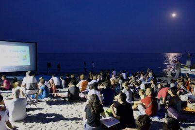 proiezione-sulla-spiaggia-dei-quarti-degli-europei-2016.jpg