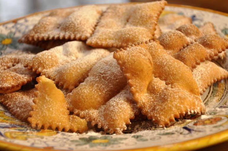 Ricetta chiacchiere di carnevale cucina napoletana napoli da vivere - Ricette cucina napoletana ...