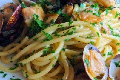 ricetta-spaghetti-con-le-vongole-cucina-napoletana-2.jpg
