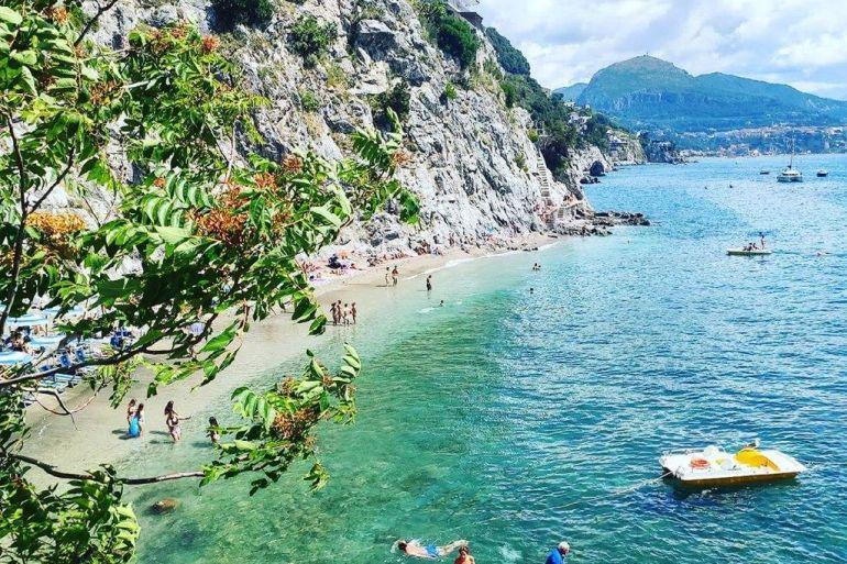spiaggia-di-cetara.jpg
