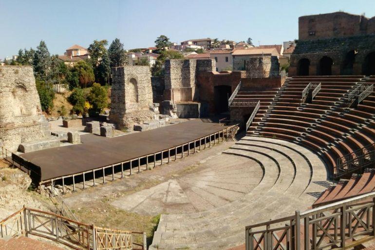 teatro-romano-di-benevento.jpg